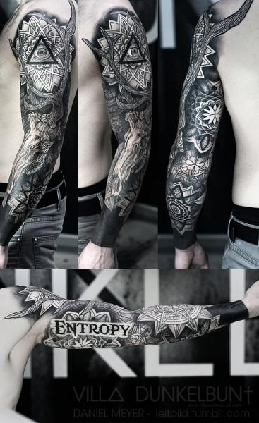 Dotwork Sleeve Tattoo von Leitbild