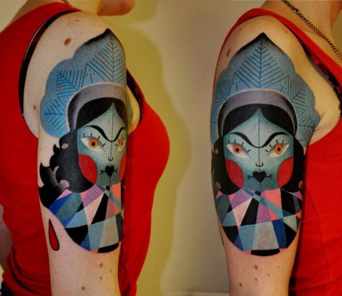 Tatuaggio Spalla Fantasy Donne di Raw Tattoo
