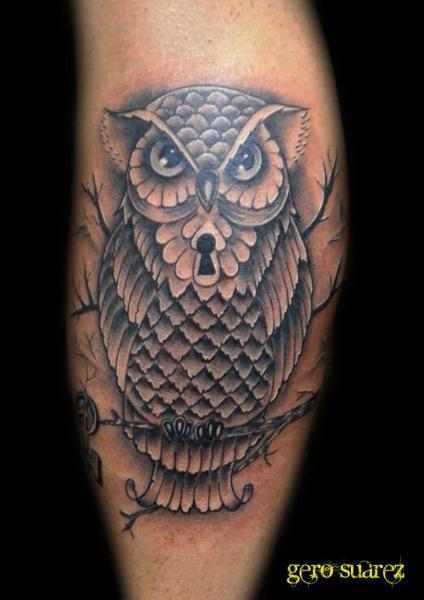 Arm Eulen Tattoo von Seven Arts