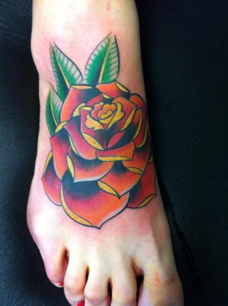 Old School Foot Flower Tattoo by Cesar Lopez Tattoo