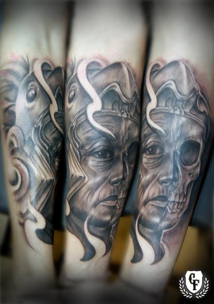 Tatuaggio Fantasy Gamba Teschio Maia Uomo di Cosa Fina Tattoo
