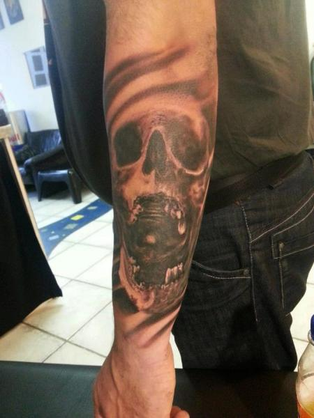 Arm Skull Tattoo by Miguel Ramos Tattoos