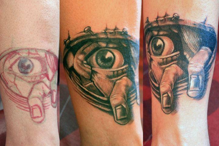 Arm Auge Tattoo von Nautilus Tattoo Gallery