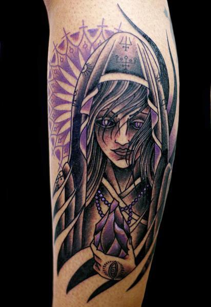 Arm Fantasie Frauen Tattoo von Sputnink Tattoo