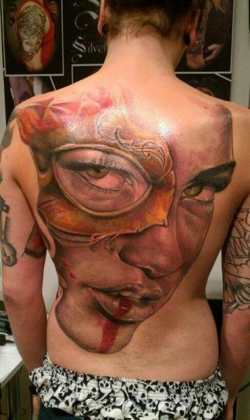 Tatuaje Mujer Espalda por Silver Needle Tattoo
