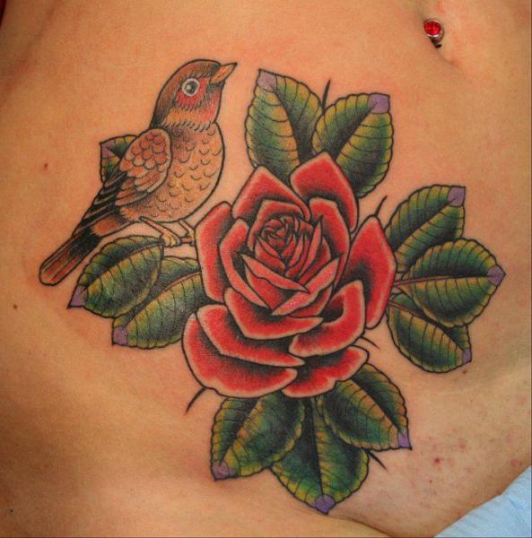 Tatuaggio Fiore Pancia Uccello di Bonic Cadaver