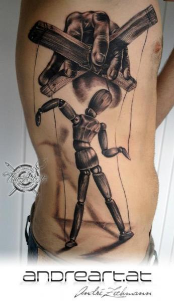 Tatuaggio Fianco Burattino di Andreart Tattoo