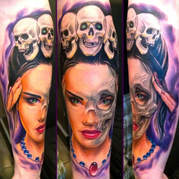 Arm Fantasie Totenkopf Tattoo von Art Line Tattoo