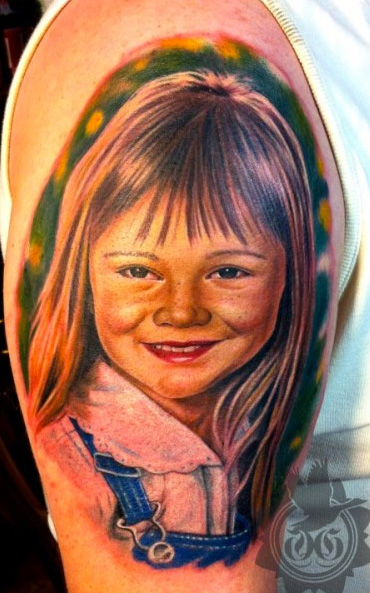 Shoulder Realistic Children Tattoo by Art Line Tattoo