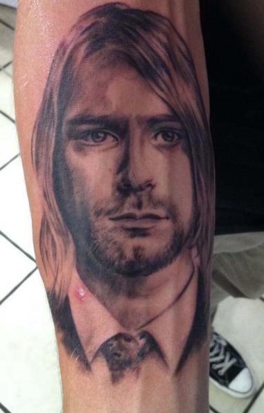 Arm Realistische Kurt Cobain Tattoo von Chrischi77