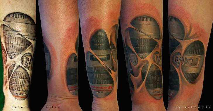 Arm Biomechanisch Tattoo von Grimmy 3D Tattoo