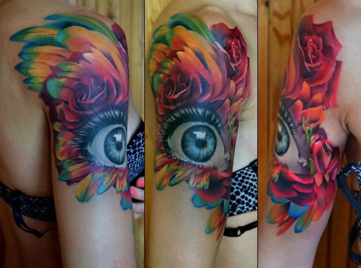 Shoulder Realistic Flower Eye Tattoo by Grimmy 3D Tattoo