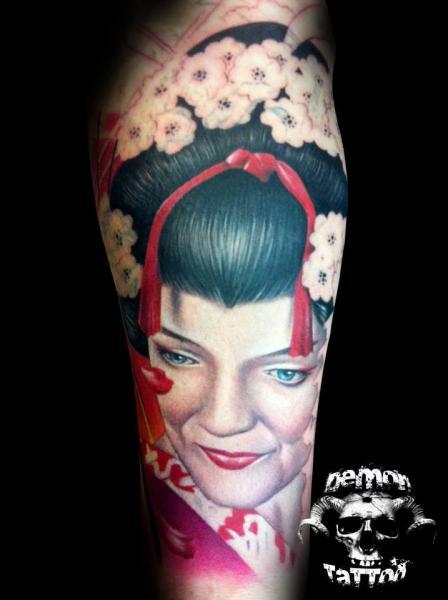 Japanische Geisha Tattoo von Tatuajes Demon