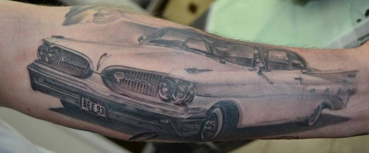 Tatuaggio Braccio Realistici Macchina di Immortal Ink