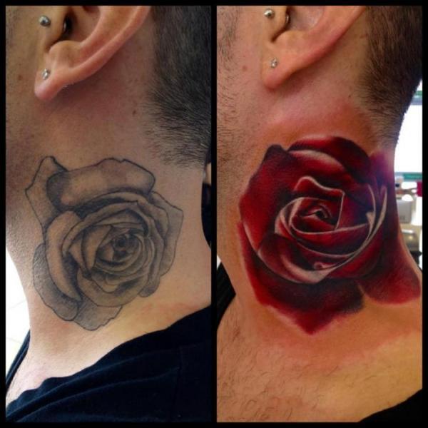 Tatuaggio Realistici Fiore Collo Rose Cover-up di Immortal Ink