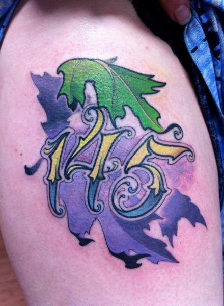 Leuchtturm Oberschenkel Fonts Tattoo von Archive Tattoo