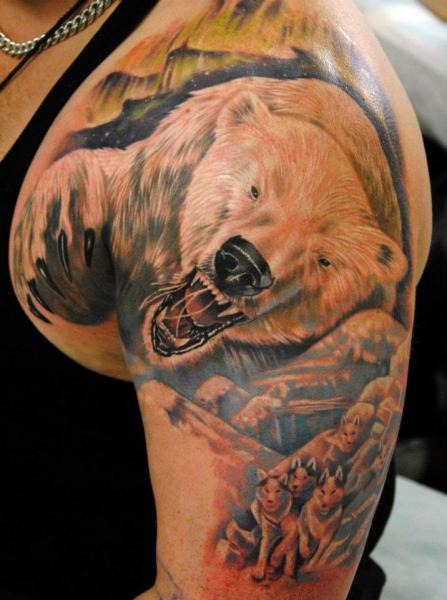 Shoulder Realistic Bear Tattoo by Mai Tattoo