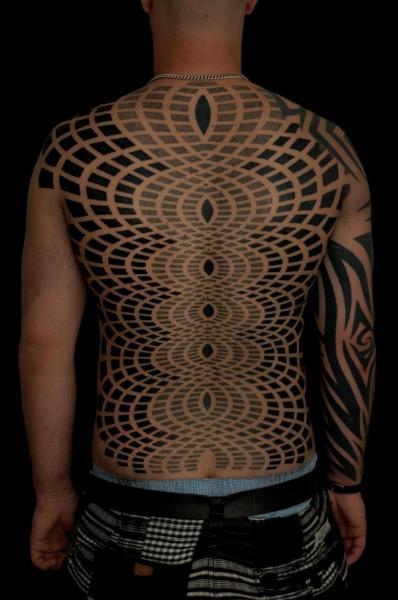 Back Dotwork Optical Tattoo by Gerhard Wiesbeck
