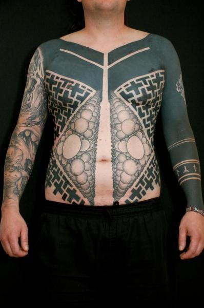 Tatuaggio Spalla Fianco Tribali Pancia di Gerhard Wiesbeck