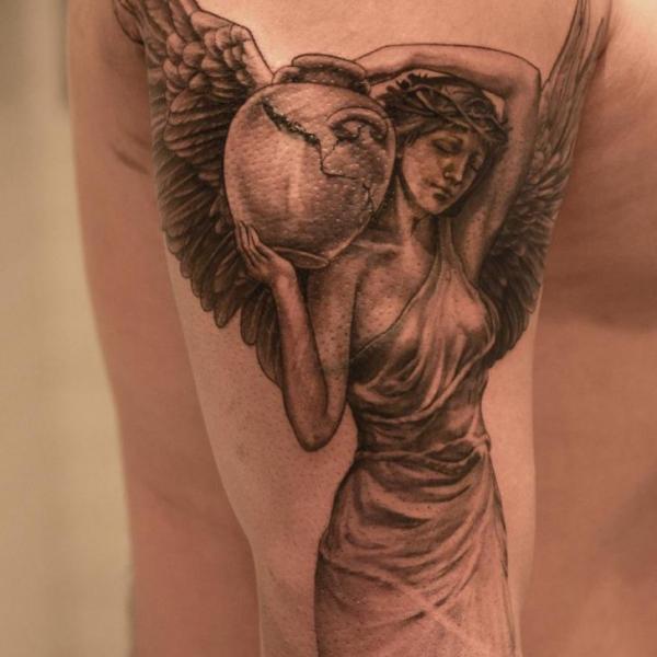 Tatuaggio Braccio Angeli di Wicked Tattoo