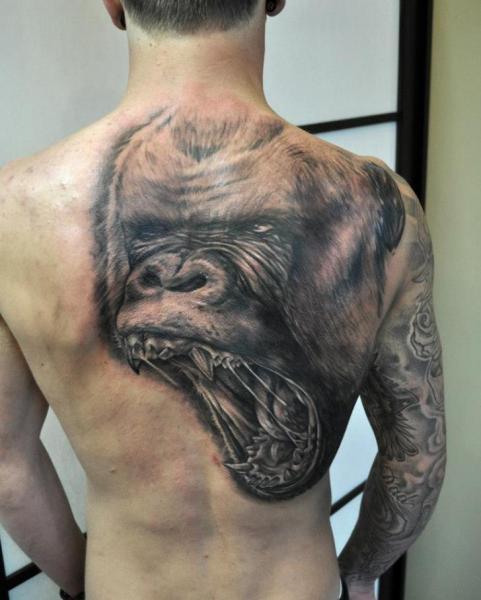 Schulter Realistische Rücken Gorilla Tattoo von Pure Vision Tattoo