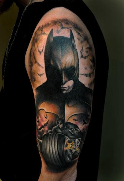 Tatuaggio Spalla Fantasy Batman di Pure Vision Tattoo