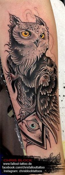 Tatuaje Búho por Fallout Tattoo