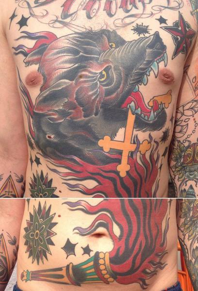 Brust Old School Wolf Bauch Tattoo von Seven Devils