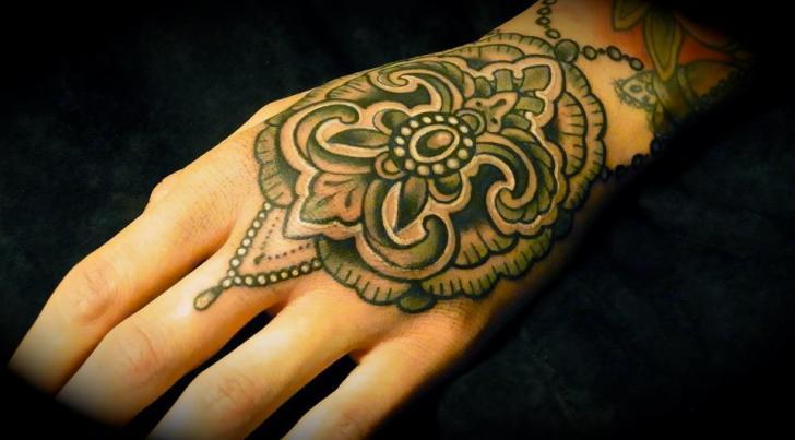Hand Geometrisch Tattoo von Seven Devils