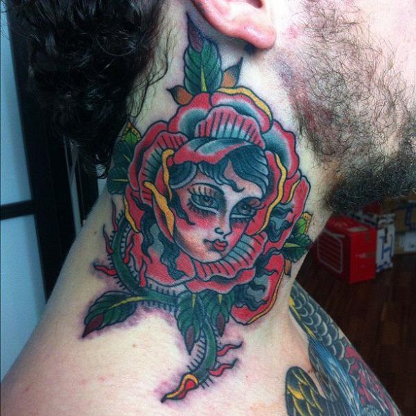 Old School Nacken Tattoo von Seven Devils