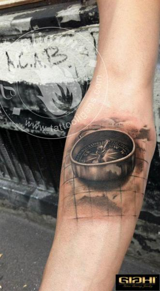 Arm Realistic Compass 3d Tattoo by Tattoo Ligans