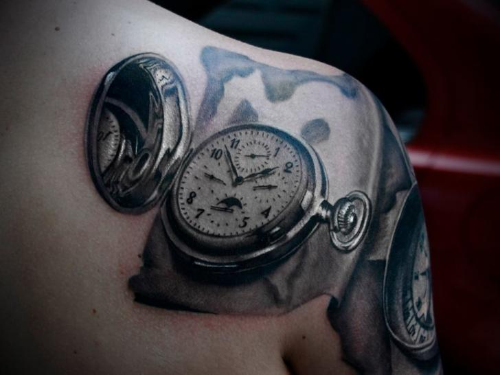Shoulder Realistic Clock 3d Tattoo by 2nd Face