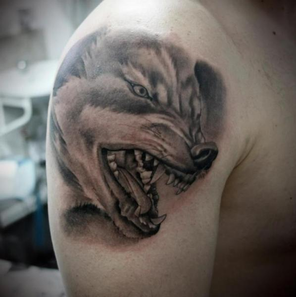 Shoulder Realistic Wolf Tattoo by 2nd Face