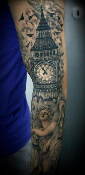 Tatuaggio Realistici Big Ben Manica di 2nd Face
