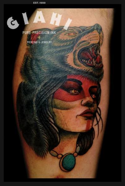 Arm Old School Frauen Wolf Tattoo von Jack Gallowtree