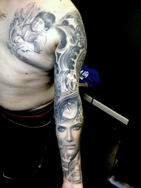 Schulter Frauen Sleeve Tattoo von Rember Tattoos