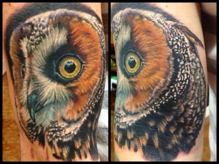 Tatuaggio Realistici Gufo di Requiem Body Art