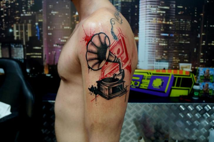 Shoulder Gramophone Tattoo by Proki Tattoo