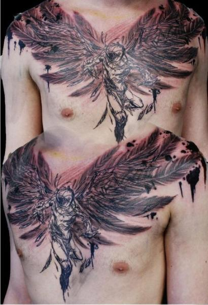 Fantasie Brust Engel Tattoo von Chris Gherman