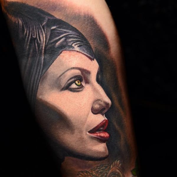Arm Maleficent Tattoo von Nikko Hurtado
