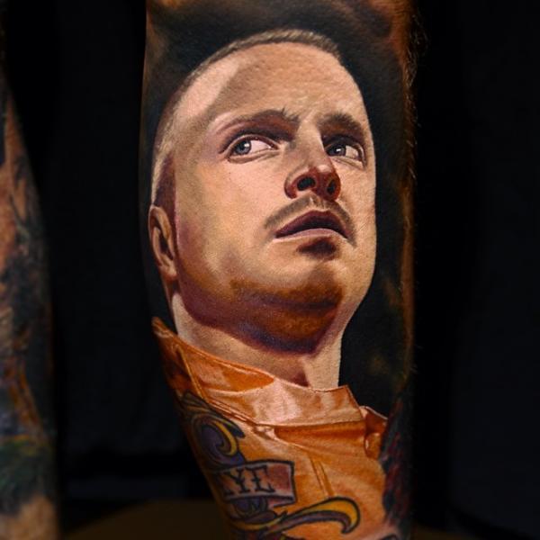 Tatuaggio Braccio Ritratti Jesse Pinkman di Nikko Hurtado
