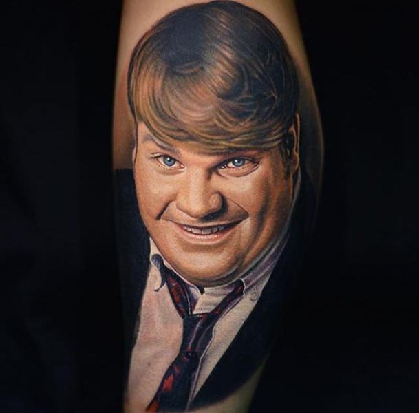 Arm Porträt Realistische Tattoo von Nikko Hurtado