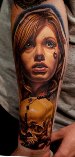 Arm Realistic Skull Women Tattoo by Nikko Hurtado