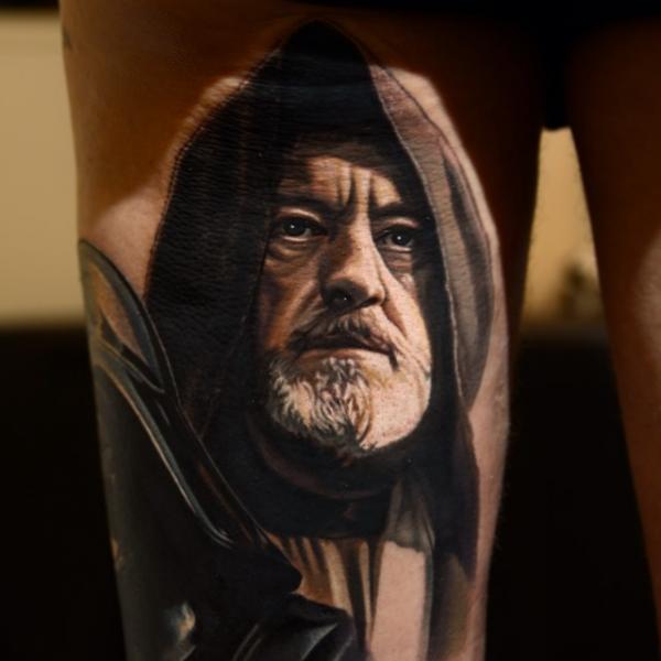 Porträt Oberschenkel Star Wars Tattoo von Nikko Hurtado