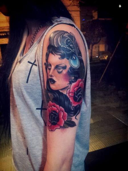 Tatuaggio Spalla Donne di La Florida Ink