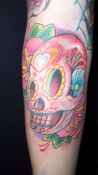 Arm Skull Tattoo by Mandinga Tattoo