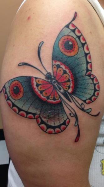 Tatuaggio Spalla Farfalle di Tattoo Tai
