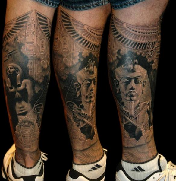 tatouage veau jambe Égypte par james tattoo art