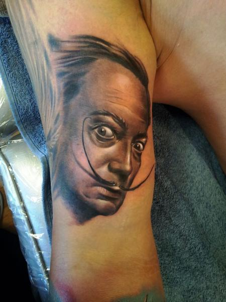 Arm Realistische Salvador Dali Tattoo von Rock Ink