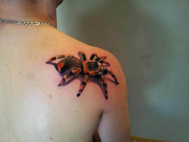 Shoulder Realistic Spider 3d Tattoo by Rock Ink